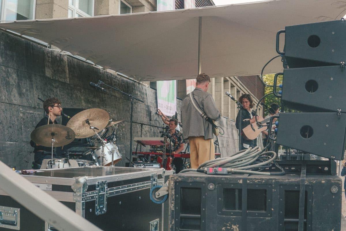 Fil Bo Riva beim New Fall Festival in Düsseldorf // © Chiara Baluch